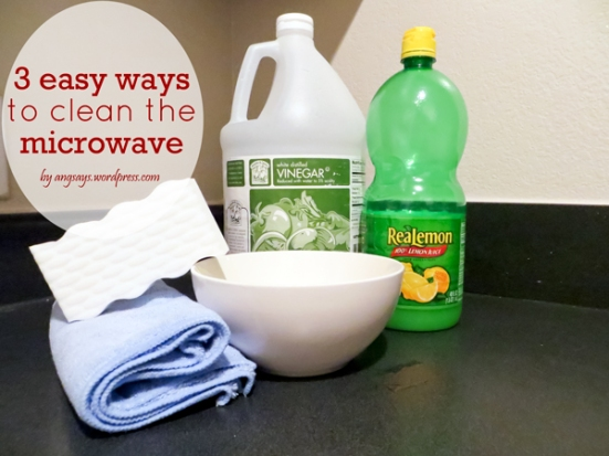 cleaning-microwave