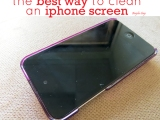 The Best Way to Clean an iPhoneScreen